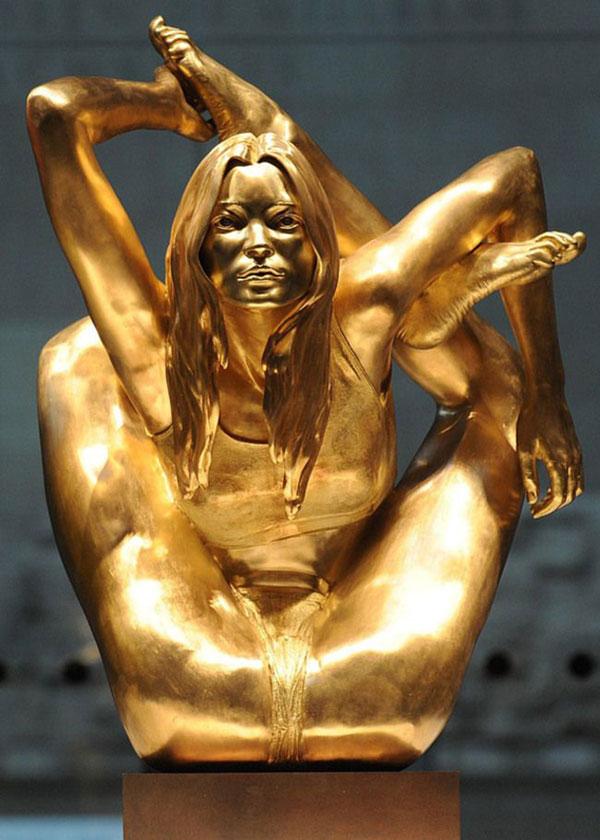 статуя йога
